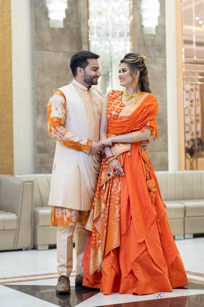 The couple striking a pose at mata ki chawki