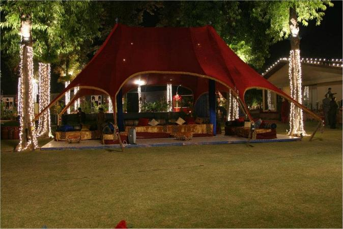 Moets Club Class (Fine Catering & Events) | Delhi | Caterers