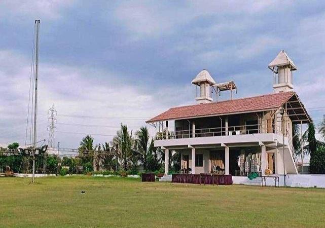 Shree Khodaldham Party Plot Nana Varachha Surat - Wedding Lawn