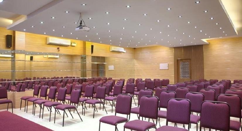 Akshay Inn Vadapalani Chennai - Banquet Hall