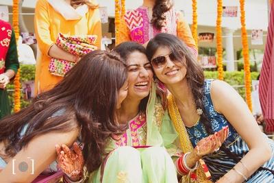 Bridesmaids love.