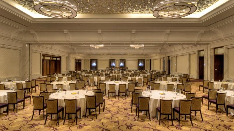 Grand Hyatt Foyer : Grand hyatt goa bambolim banquet hall wedding