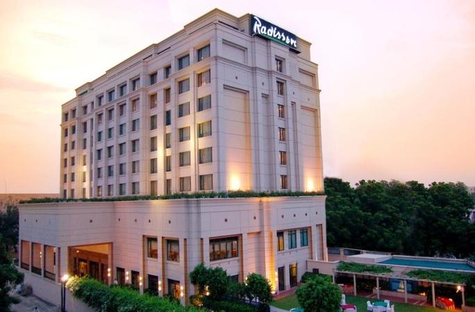 Hotel Meraden Grand, Chaukaghat, Varanasi