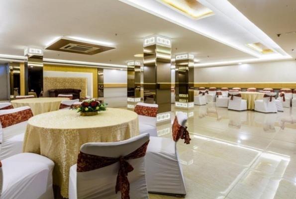 The Acres Club, Chembur, Mumbai