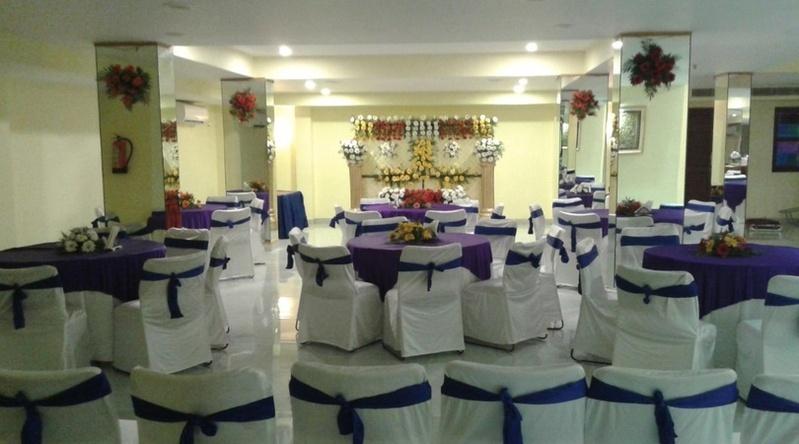 Srishti Garden Restaurant And Banquet Hall, Jwalapur, Haridwar