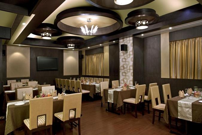 Hotel Supreme Heritage Kalyani Nagar Pune - Banquet Hall
