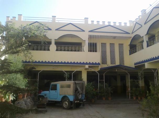 Yousuf Gulshan Function Hall Nawab Saheb Kunta Hyderabad - Banquet Hall