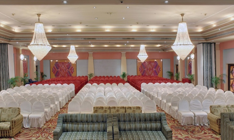 Plaza Convention Center Jayadev Vihar Bhubaneswar - Banquet Hall