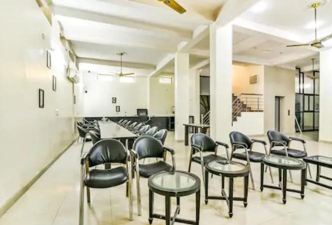 The Huespedes Sector 24 Gurugram - Banquet Hall