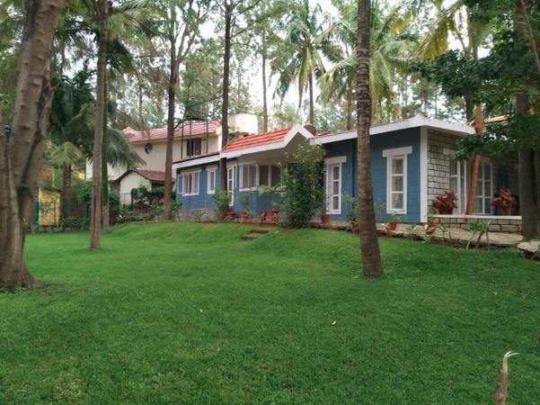 Eagle Ridge Resort Bannerghatta Road Bangalore - Banquet Hall