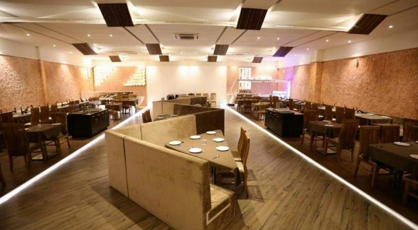 Lets Eat Restaurant Mota Mava Rajkot - Banquet Hall