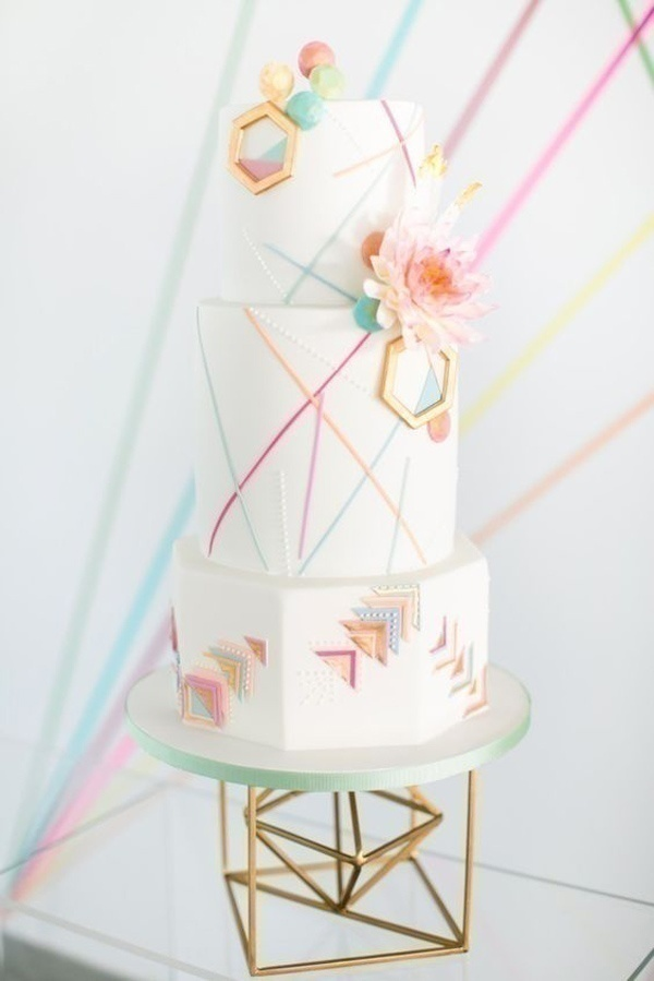 The Right Angle: Geometric Wedding Cakes