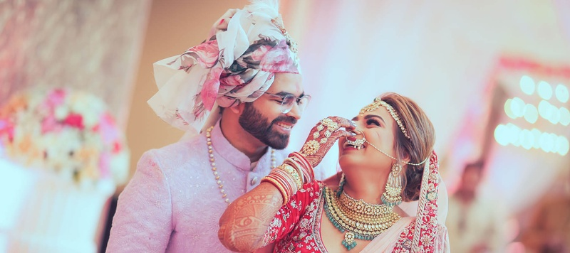 Alok & Dimple Mumbai : This bride got hitched at Sahara Star, Mumbai and you will want to recreate her bridesmaid pictures!