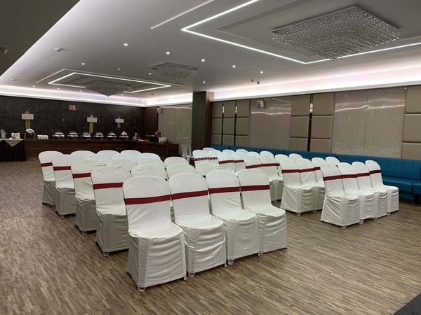 Nostimo Restaurant And Banquet Adajan Surat - Banquet Hall