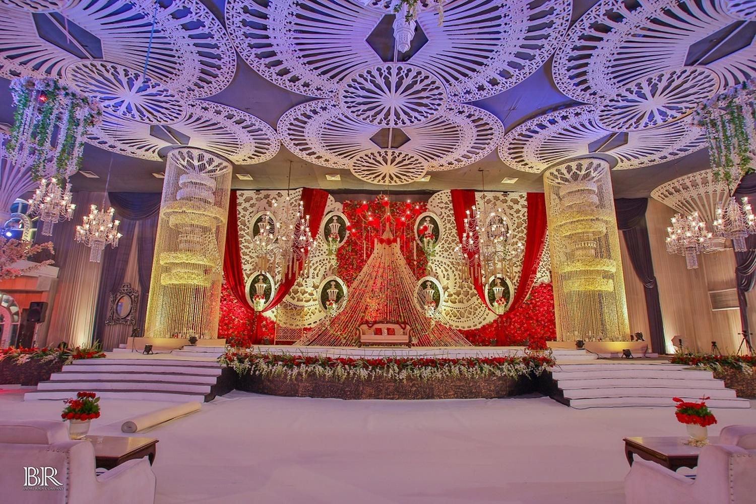 Ritz at ambience golf drive gurgaon delhi banquet hall for Ambiance decoration
