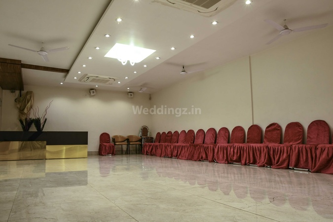 Hotel Stay Inn Lukarganj Prayagraj - Banquet Hall