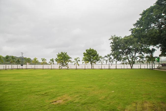 Aquarius Resort Sinhagad Road Pune - Wedding Lawn