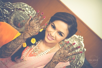 hand mehndi design for the mehndi ceremony