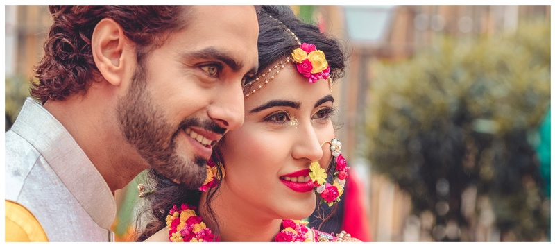 Rohit & Sheena Jaipur : TV sensation Sheena Bajaj and Rohit Purohit just tied the knot and we are drooling over the pictures