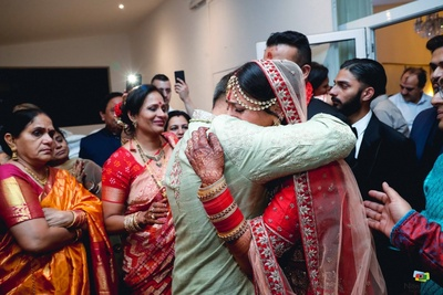 Emotional capture of the bride during the vidai