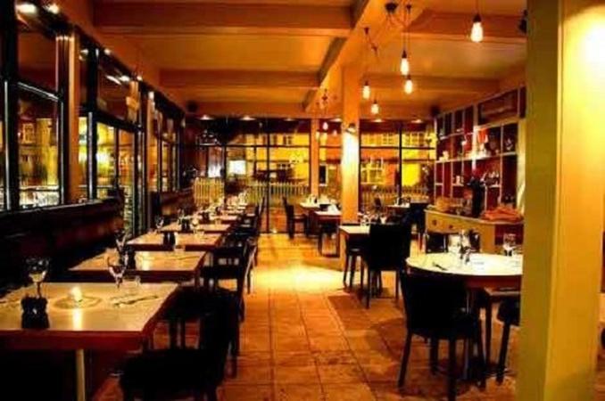 Desiyana Food Lounge Sector 62 Noida - Cocktail Venues