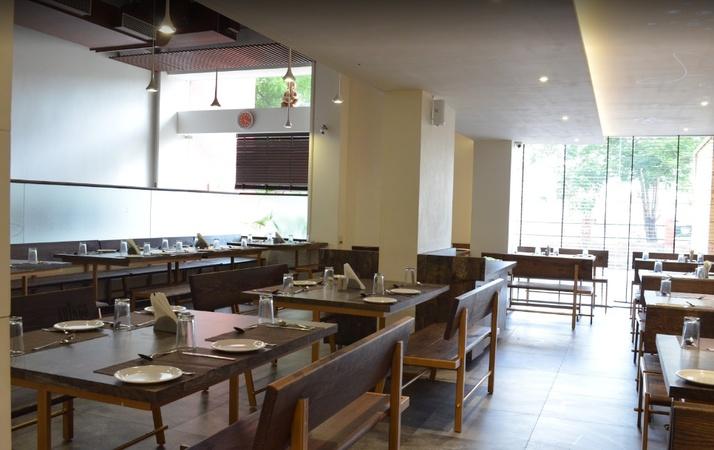 Adingo Sadar Rajkot - Banquet Hall