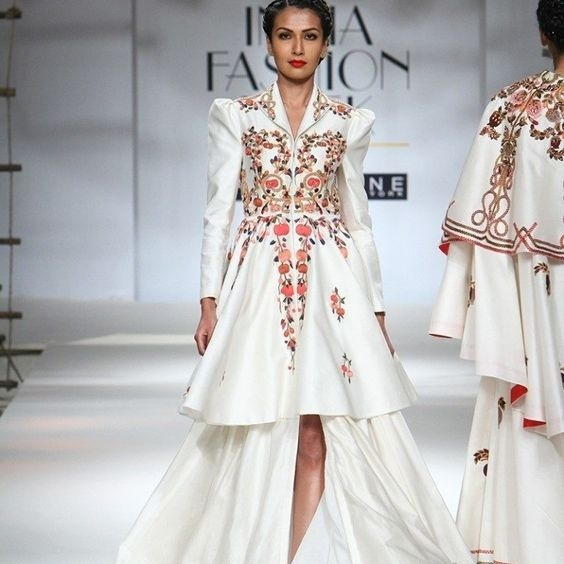 These exquisite designs of Samant Chauhan with the exaggerated shoulders, smart cuts, fluid silhouettes and his famous blood-red lining are definitely a steal.