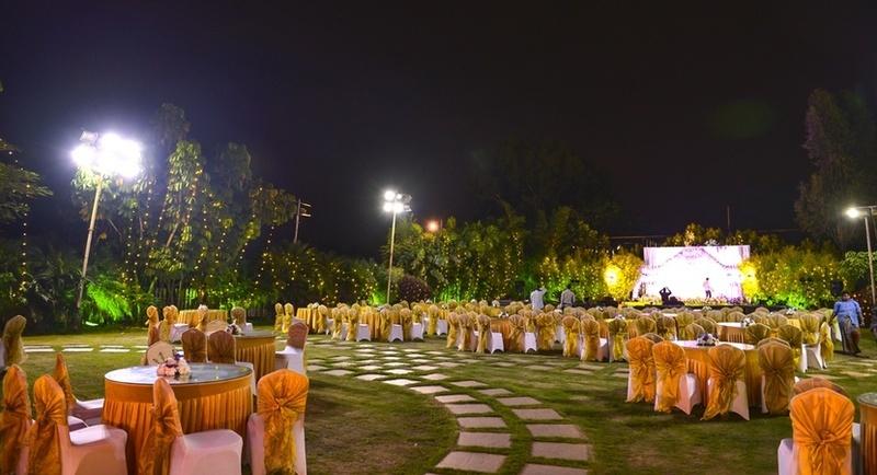 White Petals, Palace Ground, Bangalore