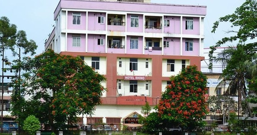 Hotel Rhino Paltan Bazaar Guwahati - Banquet Hall