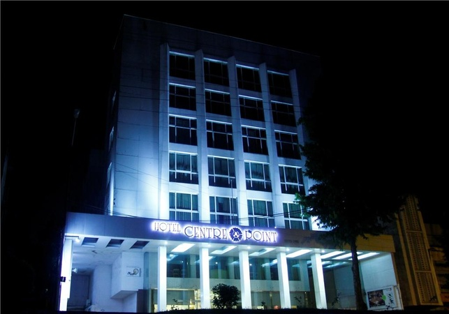 Hotel Centre Point Ramdaspeth Nagpur - Banquet Hall