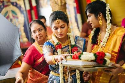 Sky blue and gold woven kanjivaram silk saree styled with temple and kempu studded gold jewellery