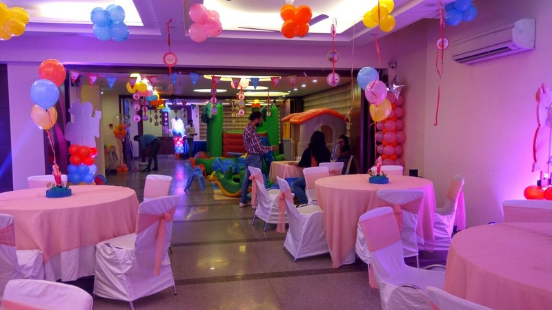 Alpina Hotels and Suites G.K - 2 Delhi - Banquet Hall