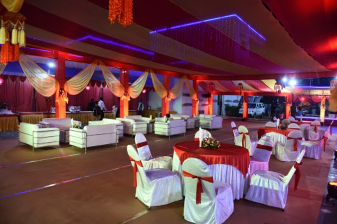 Aashirwad Guest House Old Katra Prayagraj - Wedding Lawn