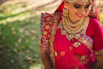 Kundan and meenakari studded gold layered jewellery by Diva Creations and Sunil Jewllers