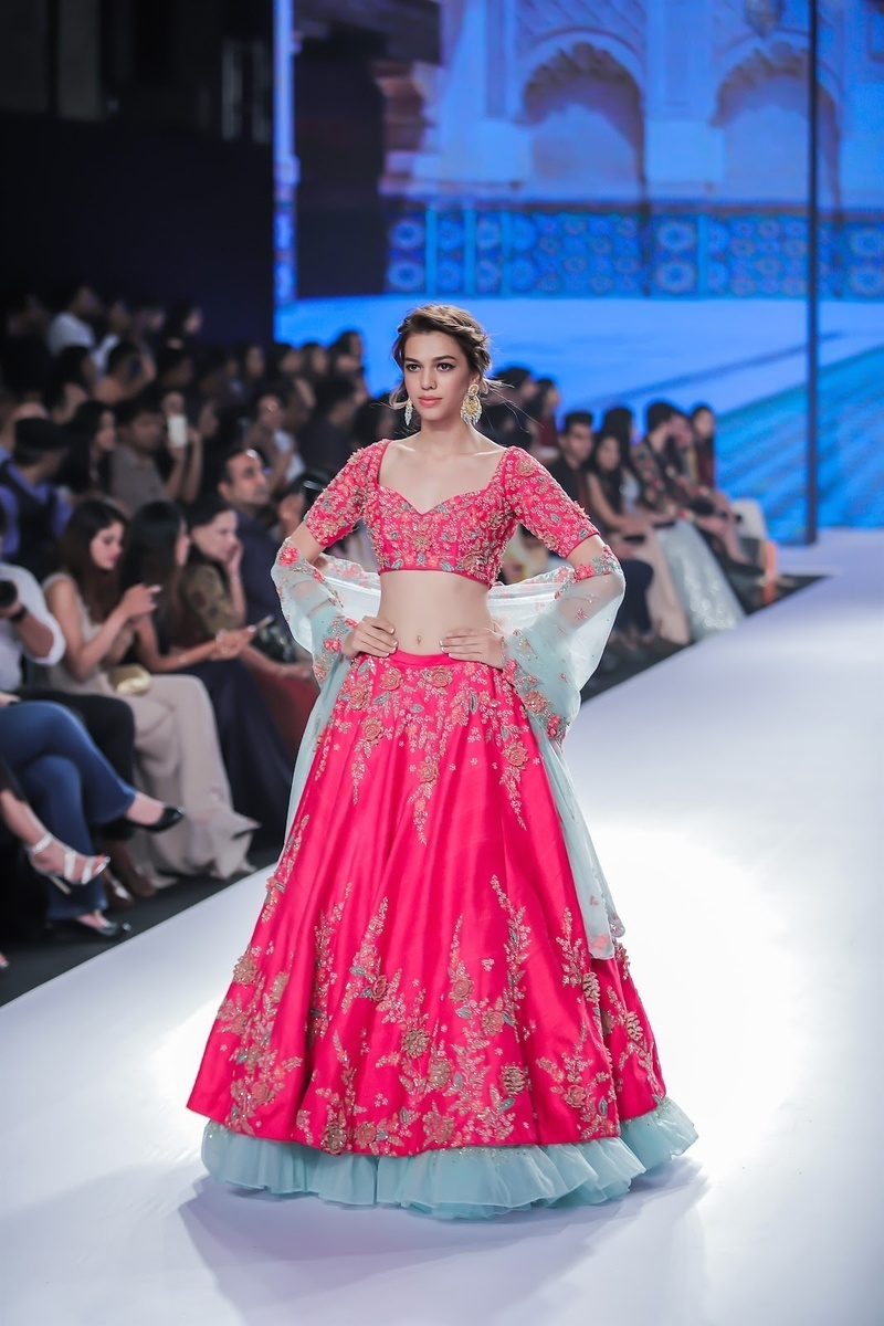 14 Best Bridal Lehenga Bridal Wear Shops In Mumbai Bridal Wear Wedding Blog