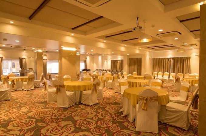 Hotel De Nada Malviya Nagar Jaipur - Banquet Hall