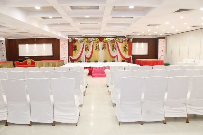 Hotel Surabhi International Paharia Varanasi - Banquet Hall