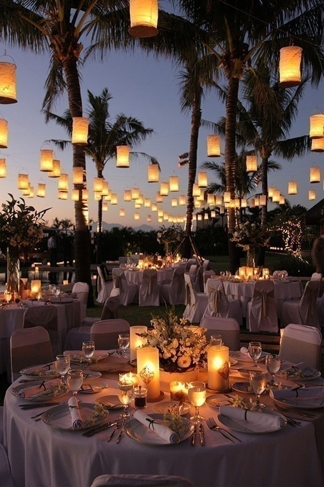 Hanging Lit Lanterns