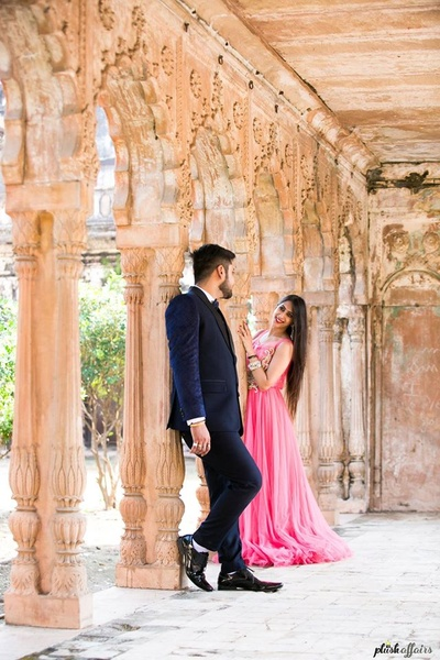 Apoorva dressed up in Pink gown and Amit in Black and white three piece suit for their pre wedding shoot.