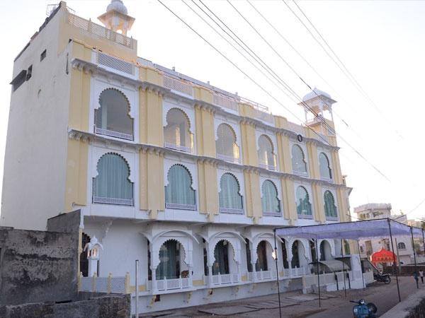 Hotel Vishala's The Raj Kesar Regency Hiran Magri Udaipur - Banquet Hall