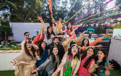 A picture tells a thousand words and this one is all about the fun at the Kaleera ceremony!