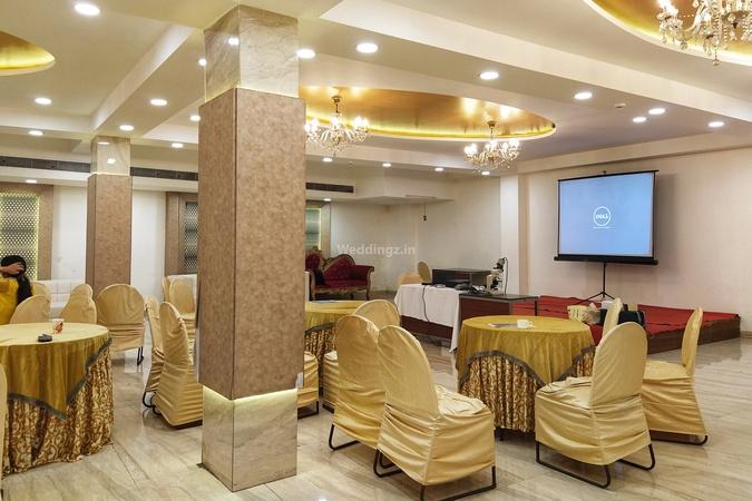 Maharaja Residency & Banquet Laxmi Nagar Delhi - Banquet Hall