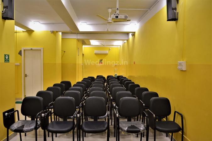 Infinity AC Hall Machuabazar Kolkata - Banquet Hall