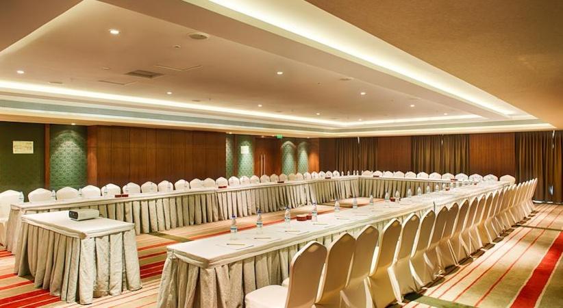 Hotel Holiday Inn Hinjewadi Pune - Banquet Hall
