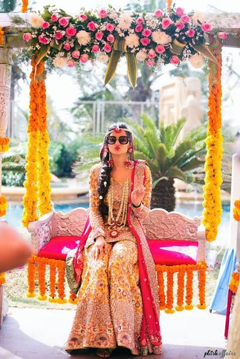 8 Cool Ways To Use Marigold Décor At Your Indian Wedding!  #GendhaPhool #WeddingDecorIdeas