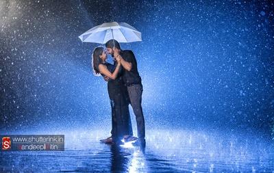Romantic rainy background for the dramatic pre-wedding photoshoot