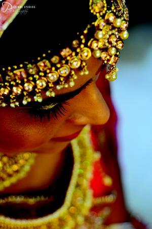 PIXTONE STUDIOS   Delhi   Photographer
