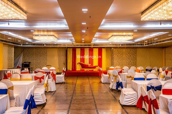 Edition O 30050 Orange Pie Sector 66 Noida - Banquet Hall