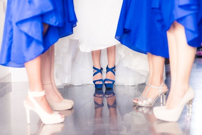 Quirky Bride and Bridesmaids photography ideas.