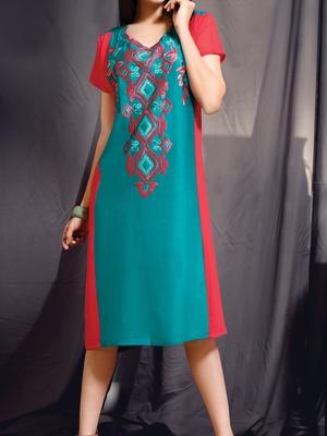 Viva N Diva green and pink colored viscose rayon kurti.